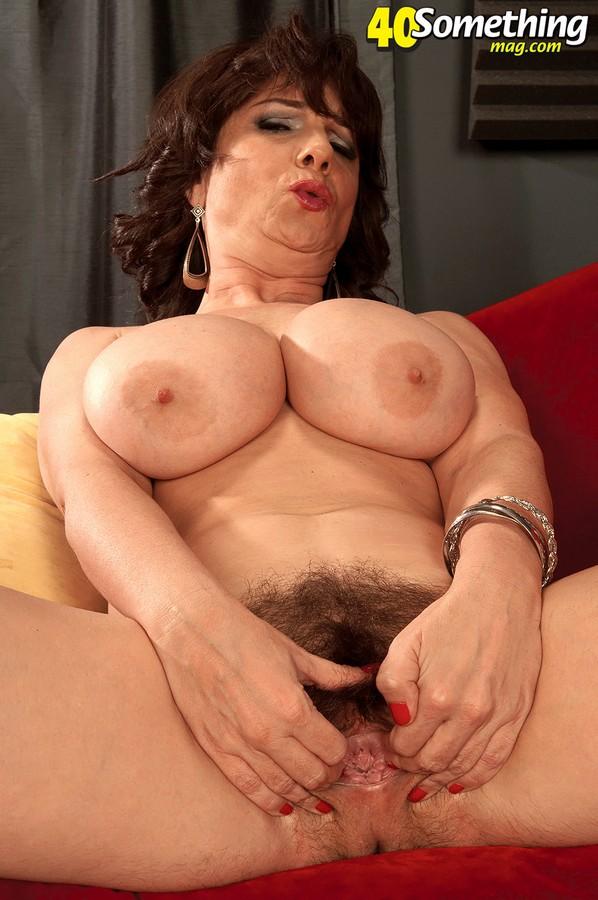 Порно фото матюрки милф