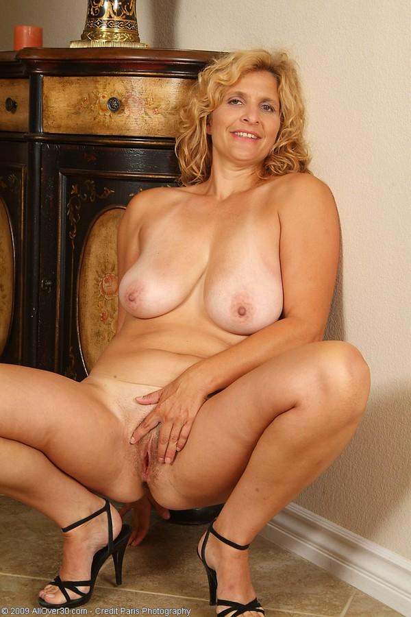 галереи голых зрелых женщин онлайн голых