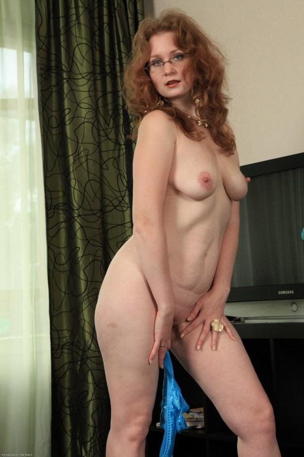 рыжиезрелые женщины голые