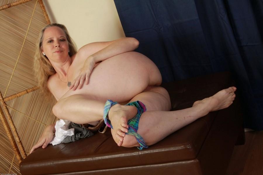 Aunt Judys Mature Liz Mega My Hotz Inthecrack 1