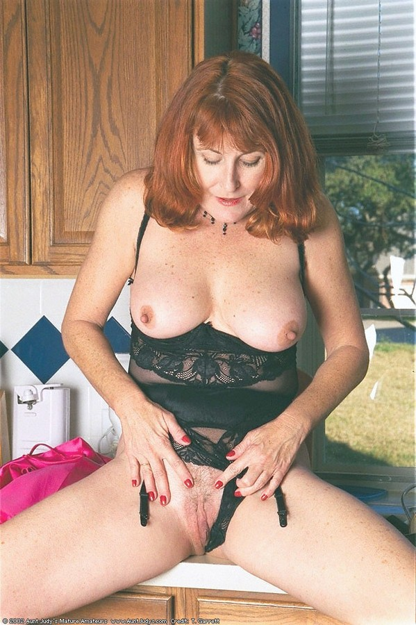 Aunt Judys Collection Mature Galleries - Aged Mamas.